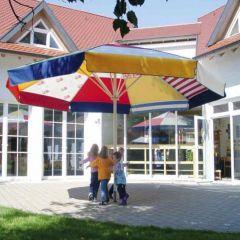 """Sonnenschirm """"SCHATTELLO"""" von May 500cm (rund), Sondermodell Kindergartenschirm, mit Volant"""